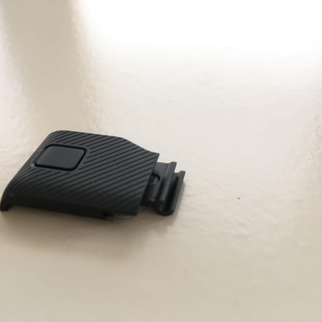 GoProHero5のusbのフタ